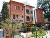 Oleander House2