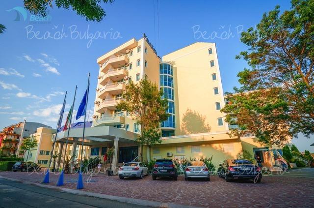 Perla Beach 1 Hotel2