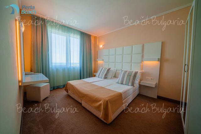 Perla Beach 1 Hotel24