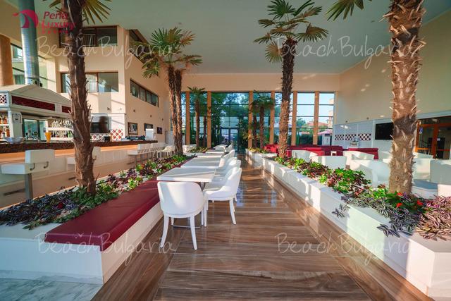 Perla Beach Luxury Hotel15