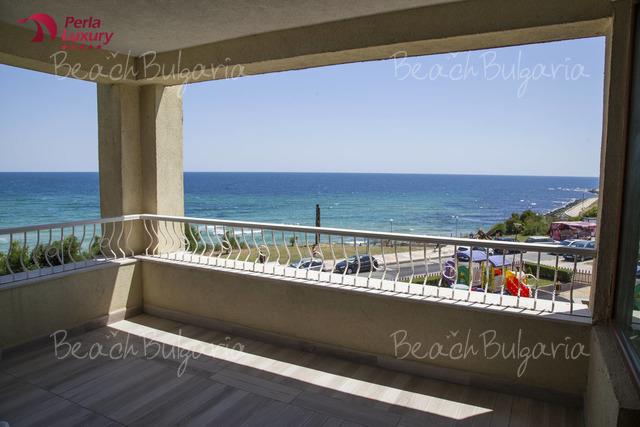 Perla Beach Luxury Hotel22