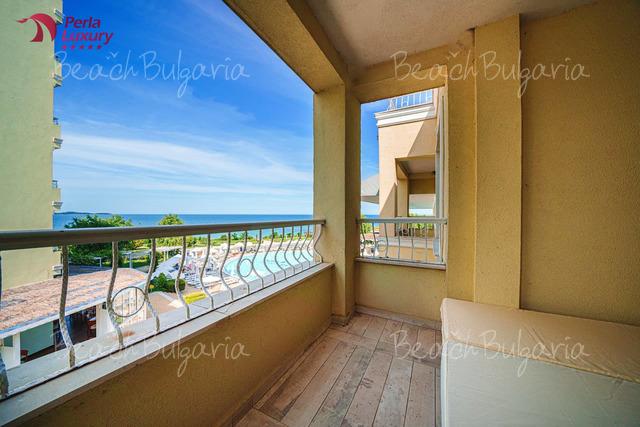 Perla Beach Luxury Hotel25