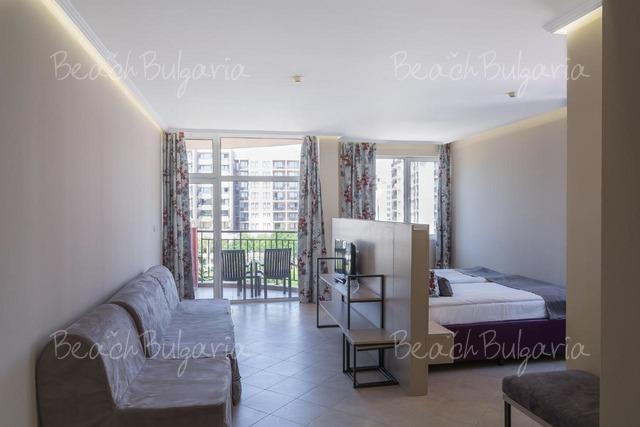 Astoria Hotel13