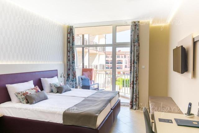 Astoria Hotel9