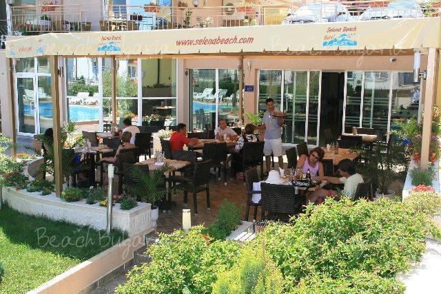 Selena Beach Hotel8