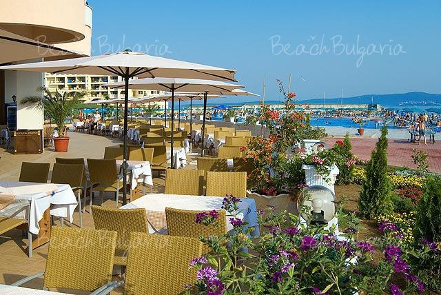 Marina Beach Hotel2