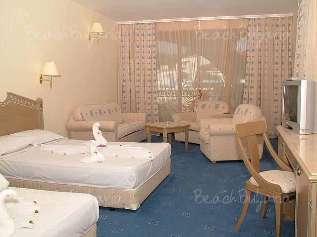 Marina Royal Palace Hotel4