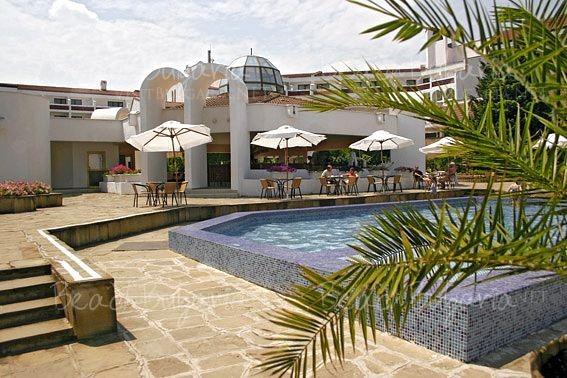 Pelican Hotel13