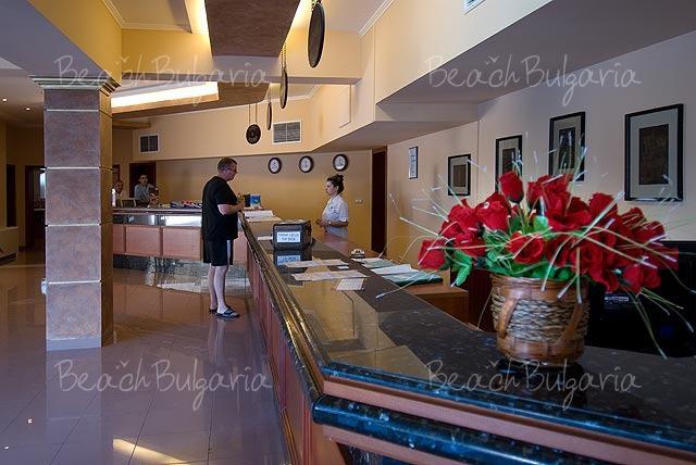 Pelican Hotel6