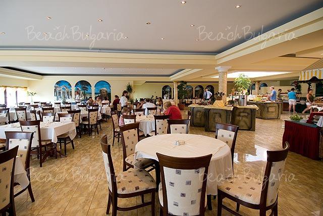 Pelican Hotel7