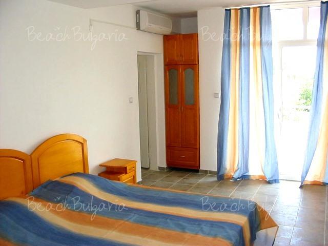 Diana Hotel3