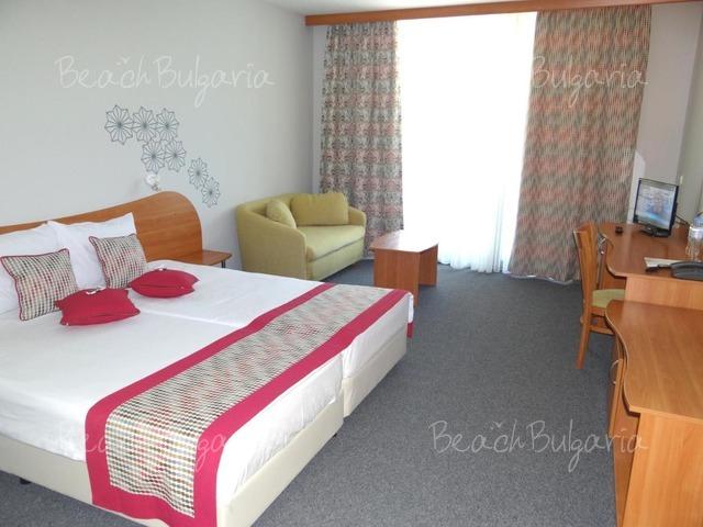MPM Kalina Garden Hotel11