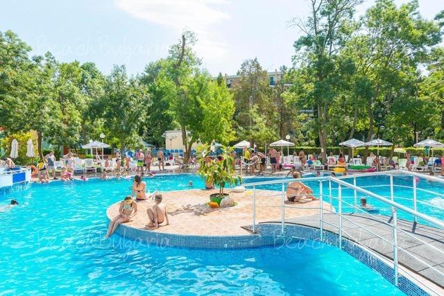 MPM Kalina Garden Hotel4
