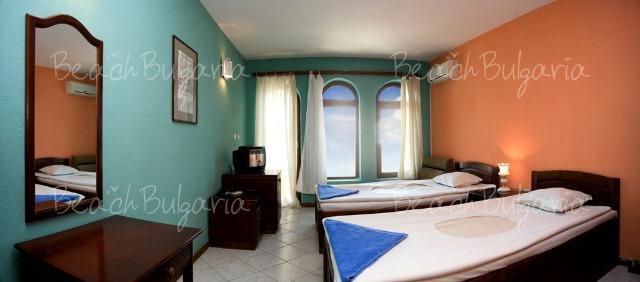Los Dos Gallos Hotel7