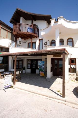 Los Dos Gallos Hotel9