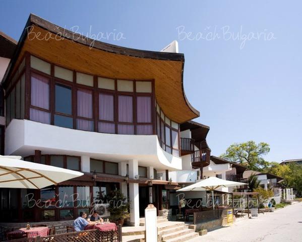 Los Dos Gallos Hotel10