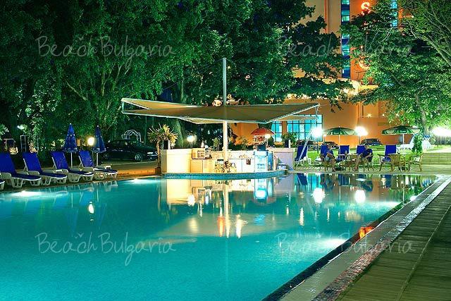 Gladiola Hotel11