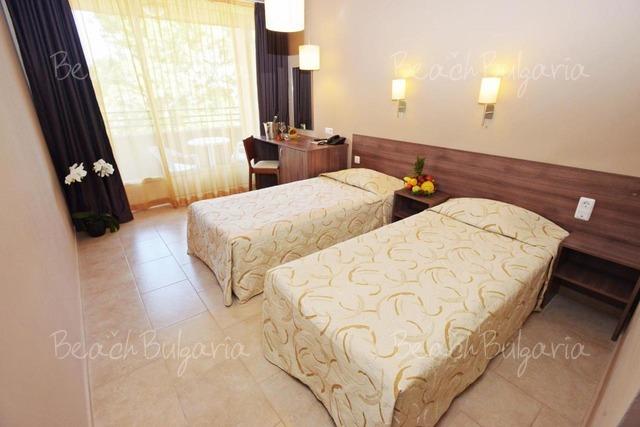 Gladiola Hotel6