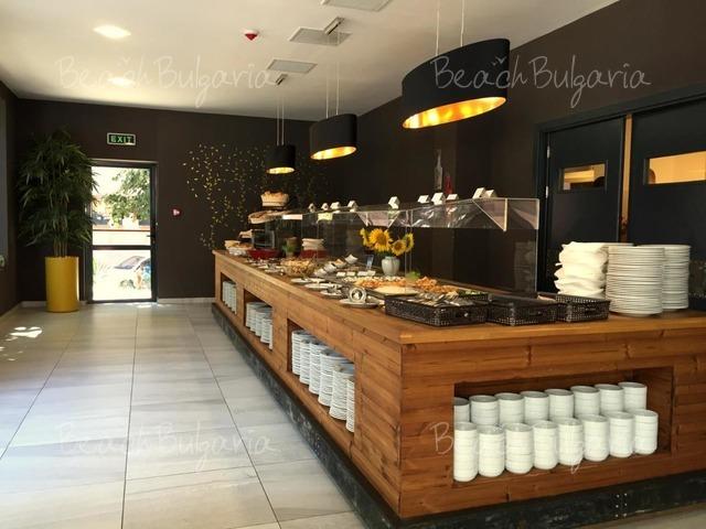 Gladiola Hotel8