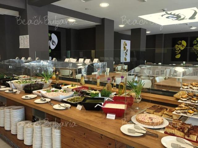 Gladiola Hotel9