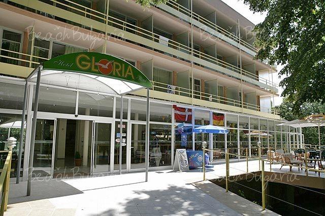 Gloria Hotel2