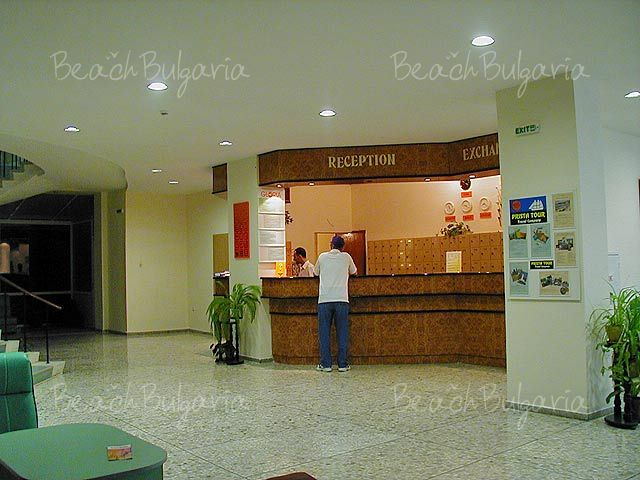 Gloria Hotel4