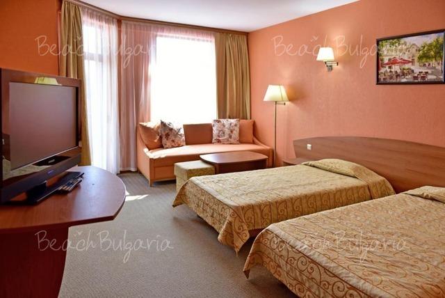 Estreya Palace Hotel21