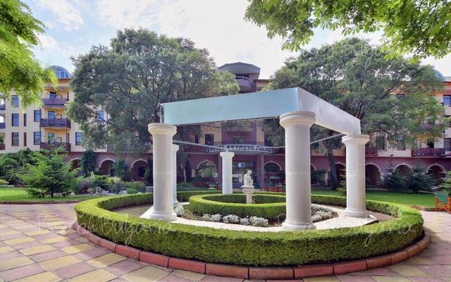 Estreya Palace Hotel7