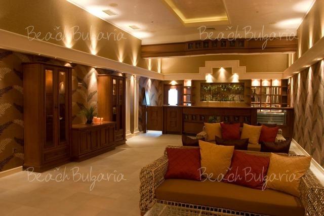 Sunset Resort13