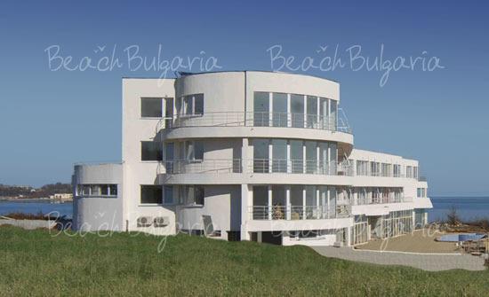Romance Hotel2