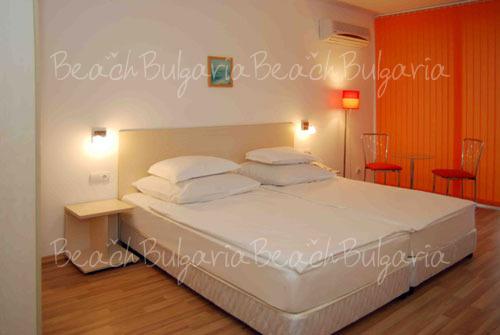 Romance Hotel14