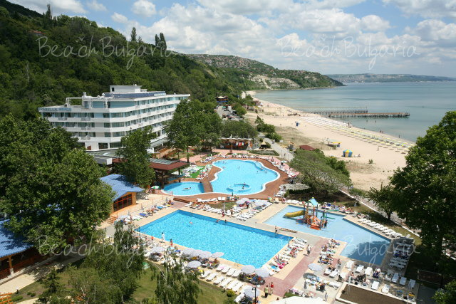 Arabella Beach Hotel2