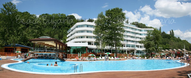 Arabella Beach Hotel4