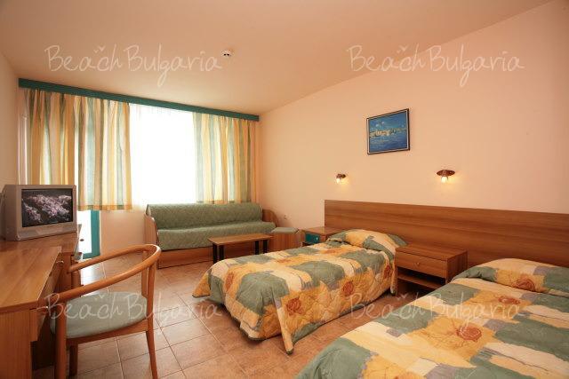 Arabella Beach Hotel9