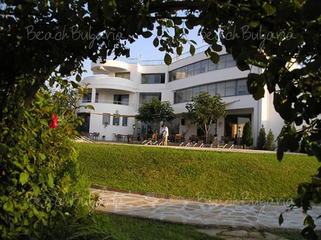 Merlin Hotel17