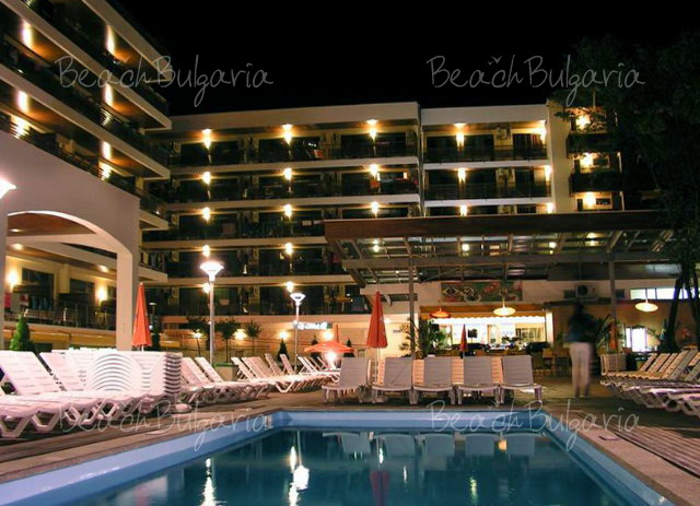 Flamingo Hotel2