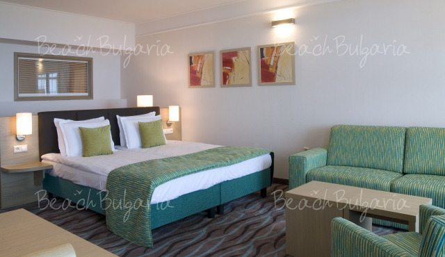 Flamingo Grand Hotel and SPA7