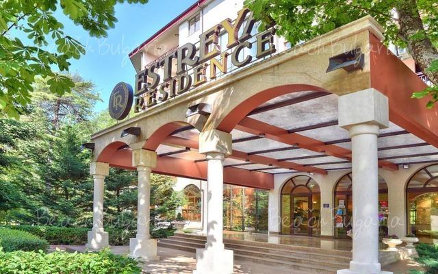 Estreya Residence Hotel