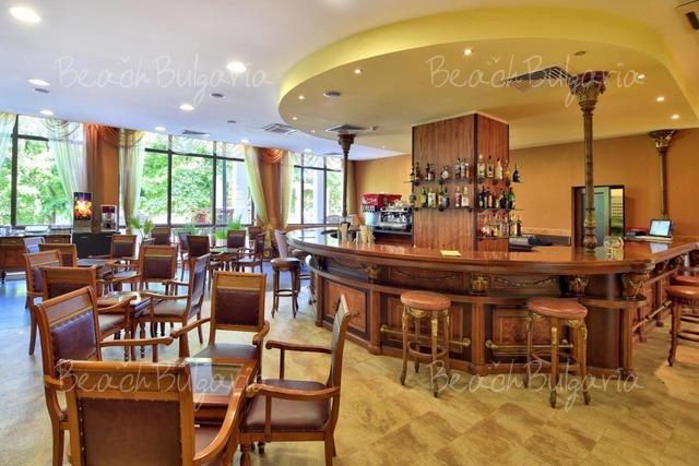 Estreya Residence Hotel4