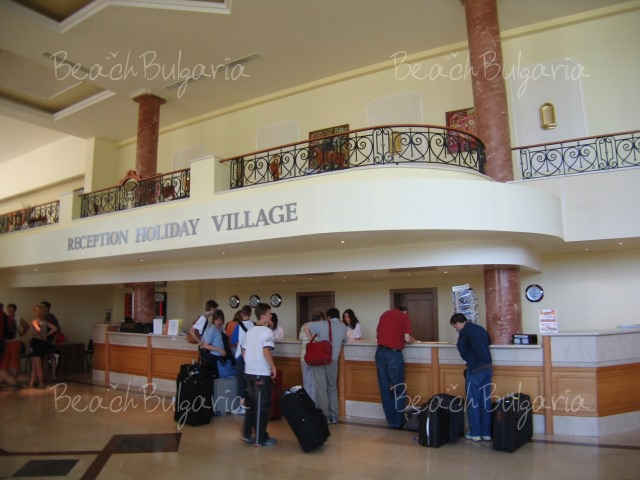 Holiday Village6