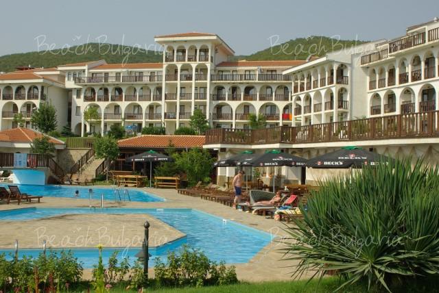 Bells Hotel (Kambani)6