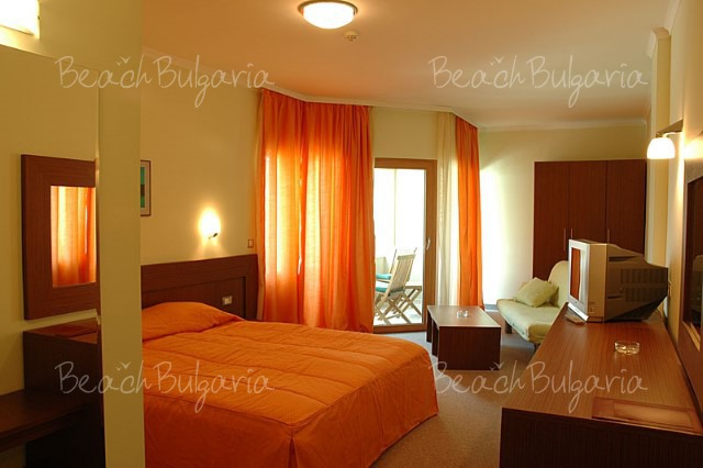 Jeravi Hotel7