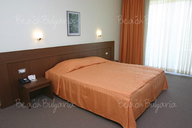 Jeravi Hotel9
