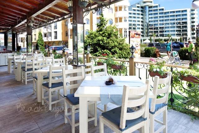 Condor Hotel3