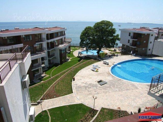 Messambria Fort Beach2