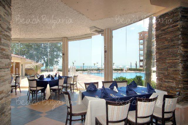 Andalusia-Atrium Hotel11