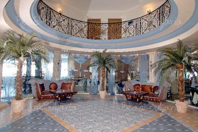 Andalusia-Atrium Hotel8