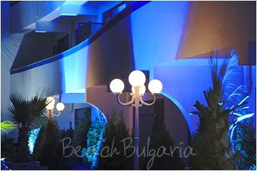 Chaika Beach Hotel3