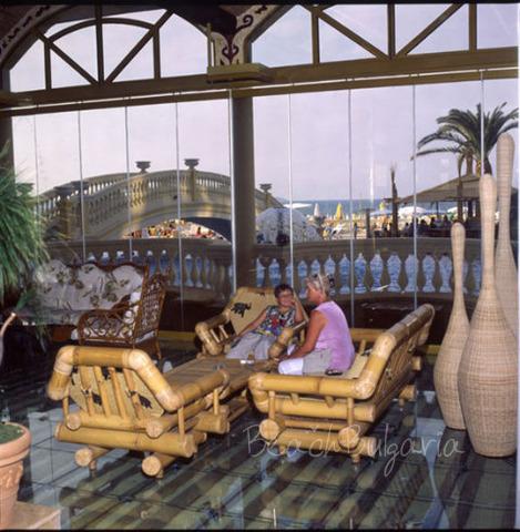 Victoria Palace Hotel11