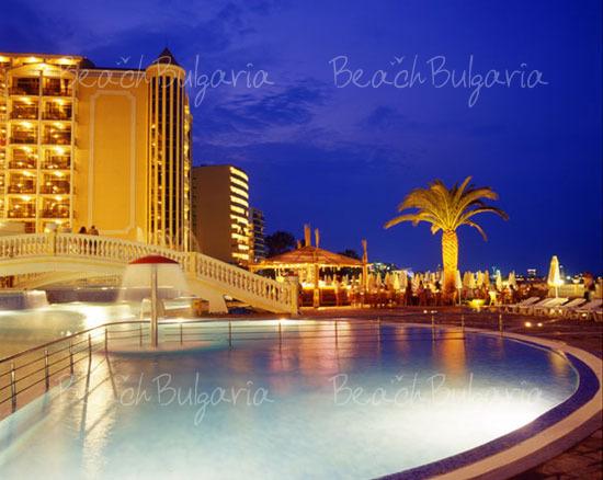 Victoria Palace Hotel7